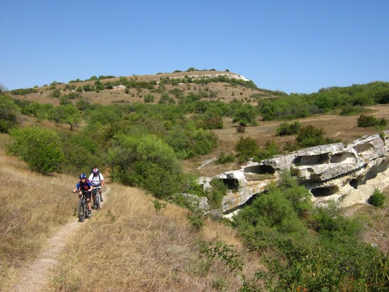 Велосипедисты в Крыму