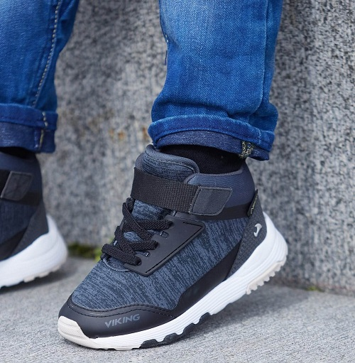 Ботинки Viking Arendal Mid GTX Black Charcoal на ножке