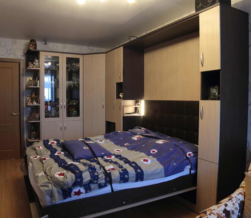 Шкаф-кровать трансформер Глория с прикроватными нишами с индивидуальным освещением, розетками и USB-портами
