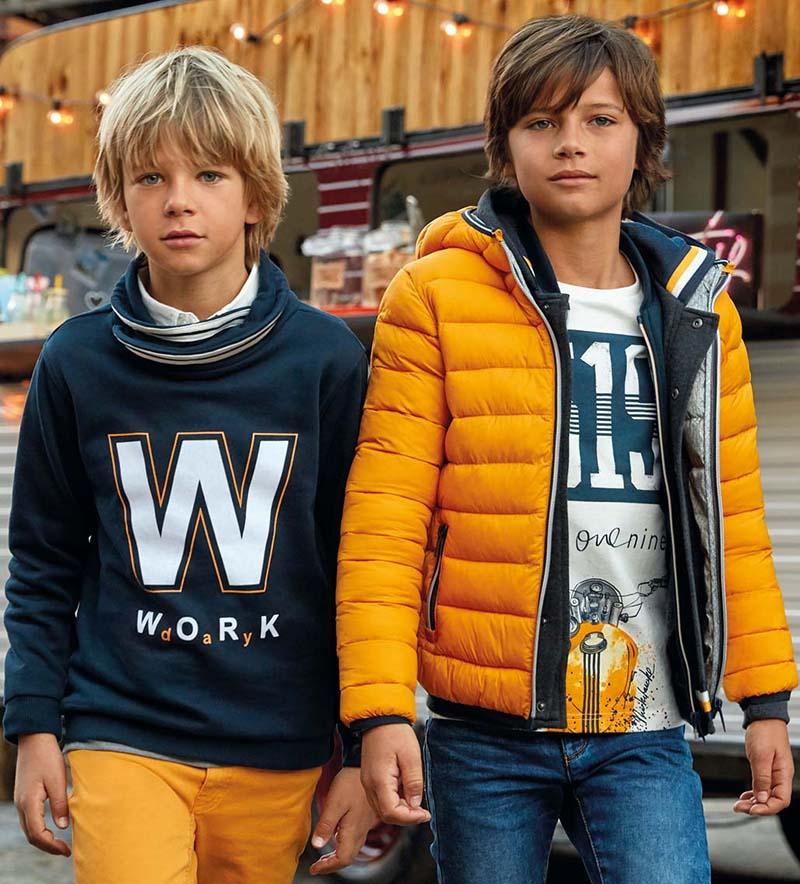 Куртки и пальто для мальчиков