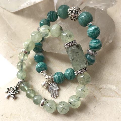 Женские браслеты из натуральных камней фото