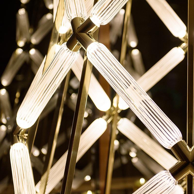 Рождественская инсталляция от Lasvit