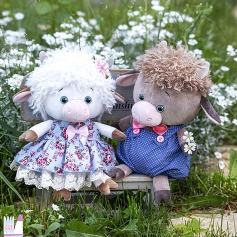 игрушки бычки и коровки