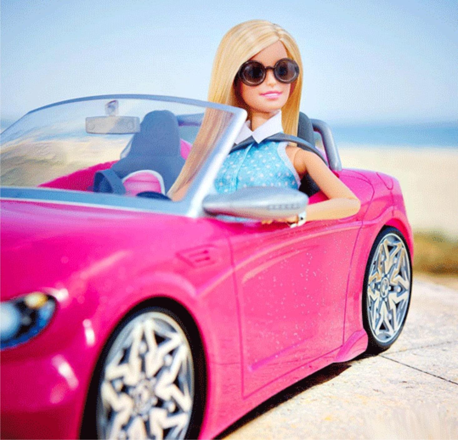 Розовый автомобиль для Барби