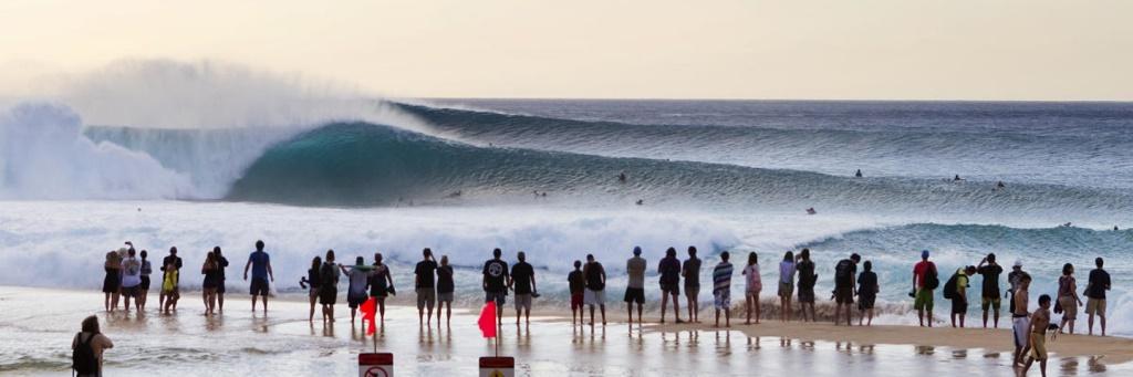 Pipline, одна из самых опасных волн в мире