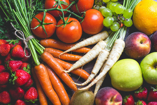 Фрукти і овочі - натуральні вітаміни