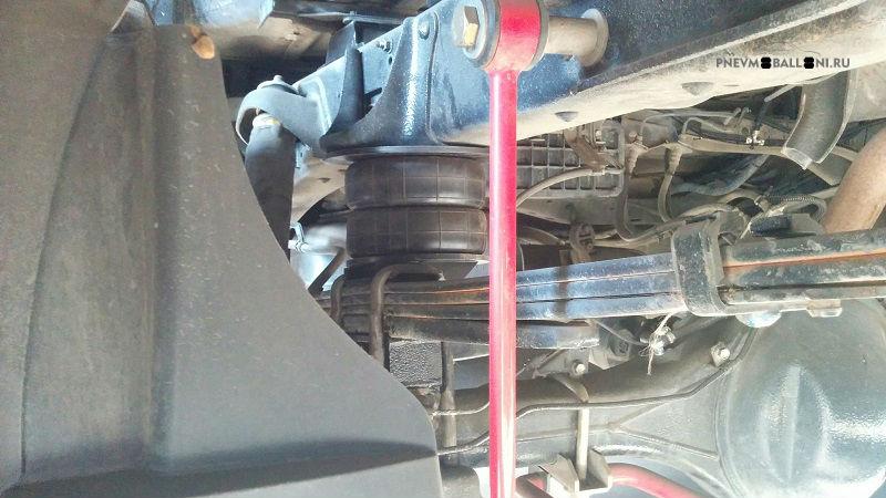 Задняя пневмоподвеска Toyota Tundra