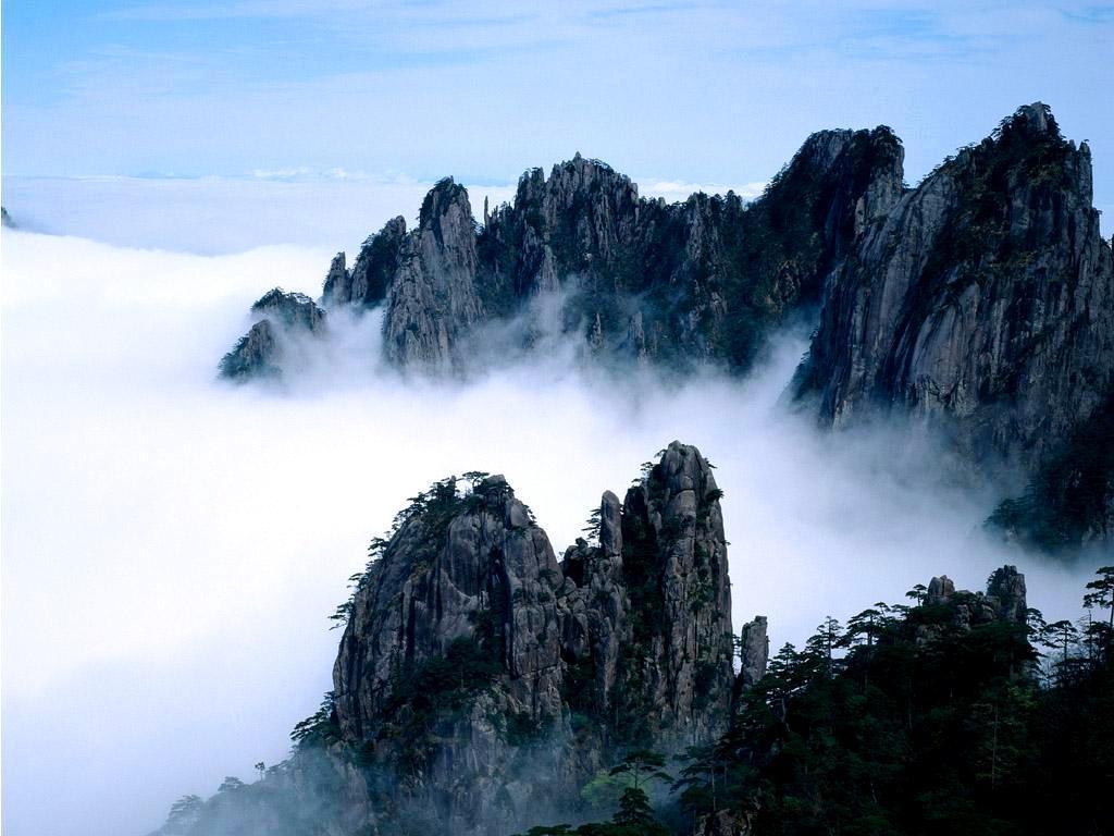 Горы в 20 км от Хуаншань