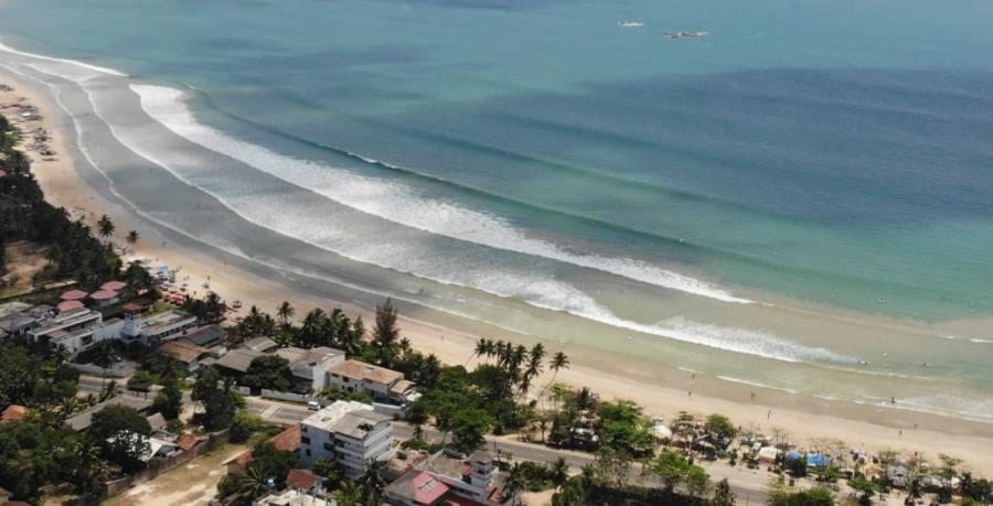 Учебный серф-спот Велигама на Шри Ланке