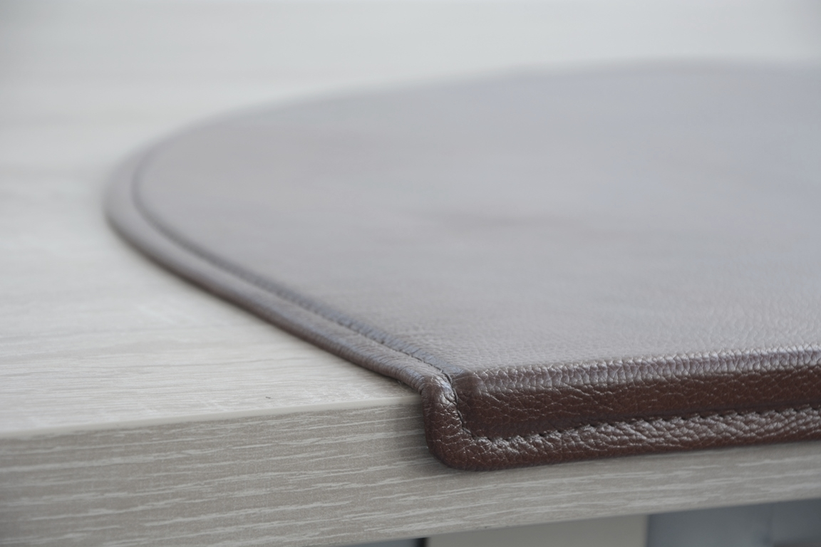 Бювар накладка на стол с уголком загибом.