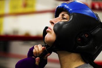 Фото шлема для тайского бокса