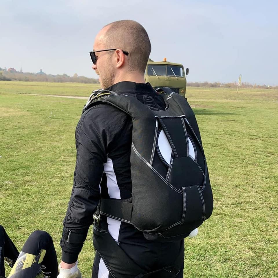 Fire 2 парашютный ранец