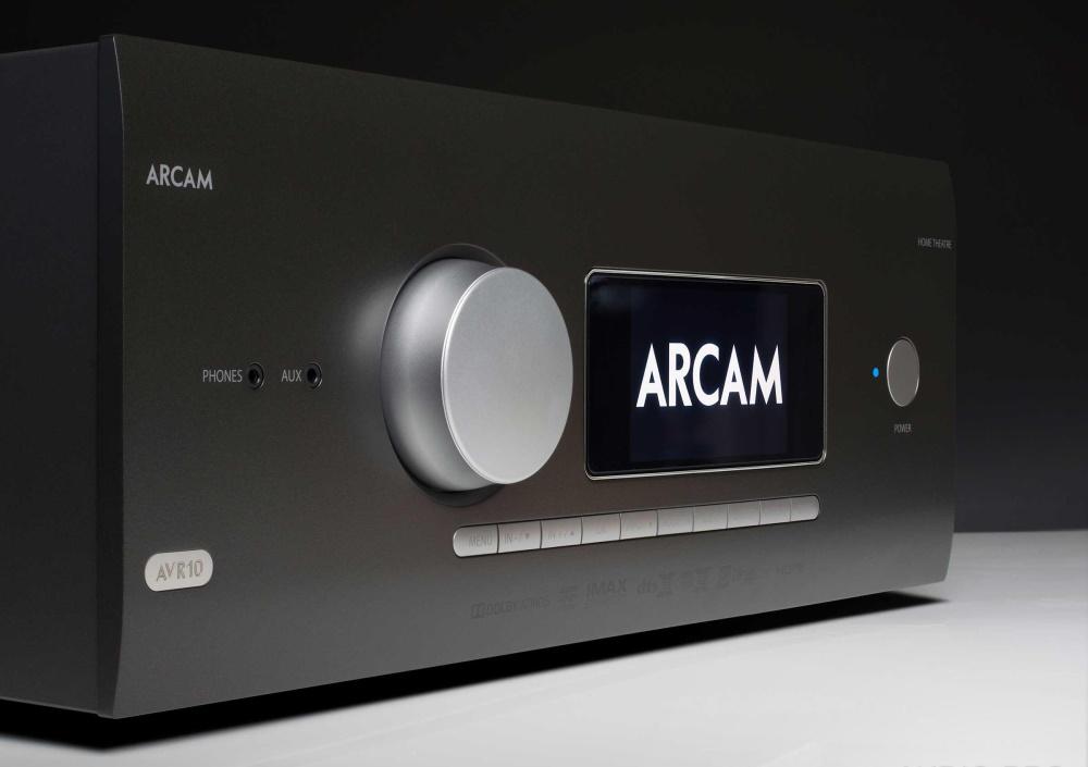 АВ ресивер Arcam AVR10