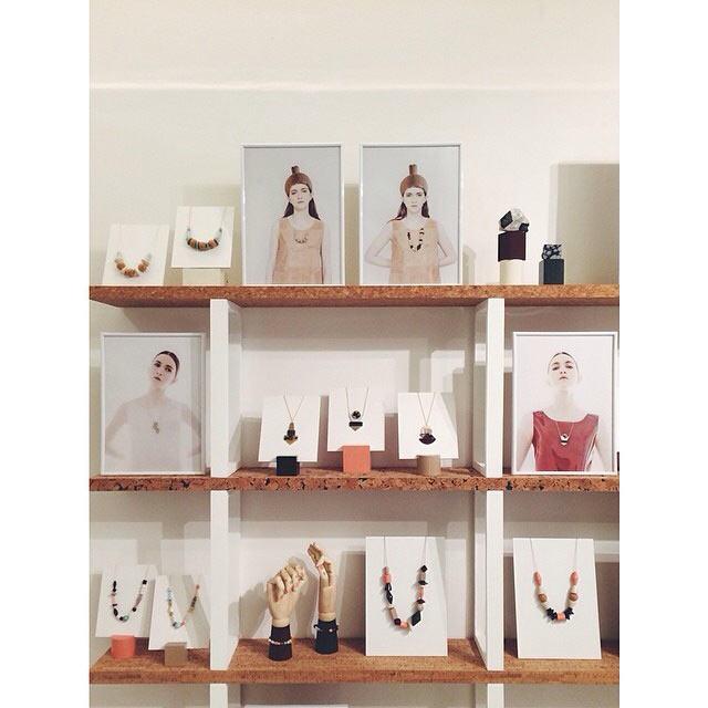 коллекция украшений от Apres Ski из дерева, керамики  и стекла