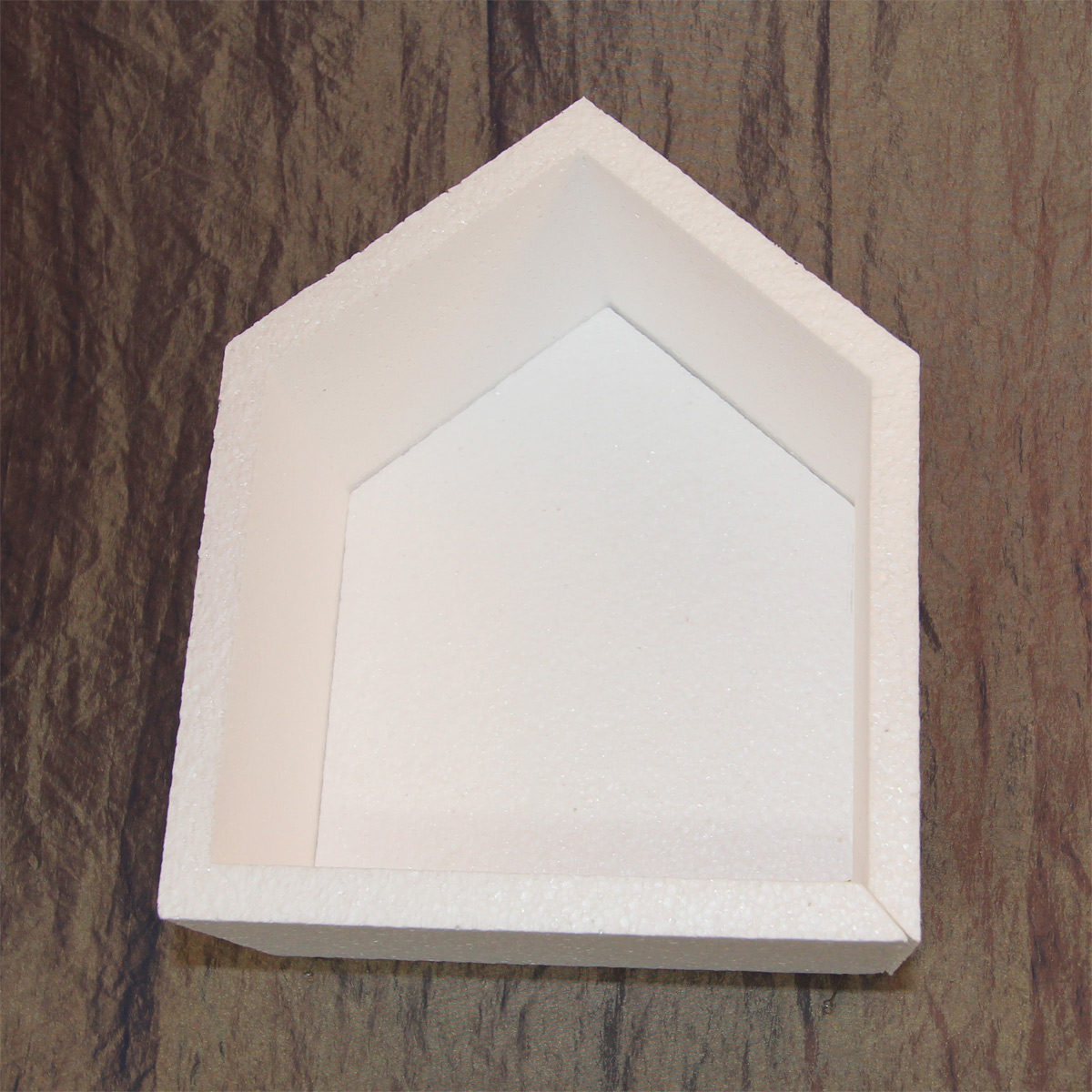 коробка из пенопласта