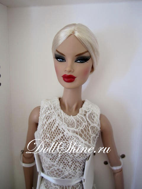 The Originals Véronique Perrin Dressed Doll