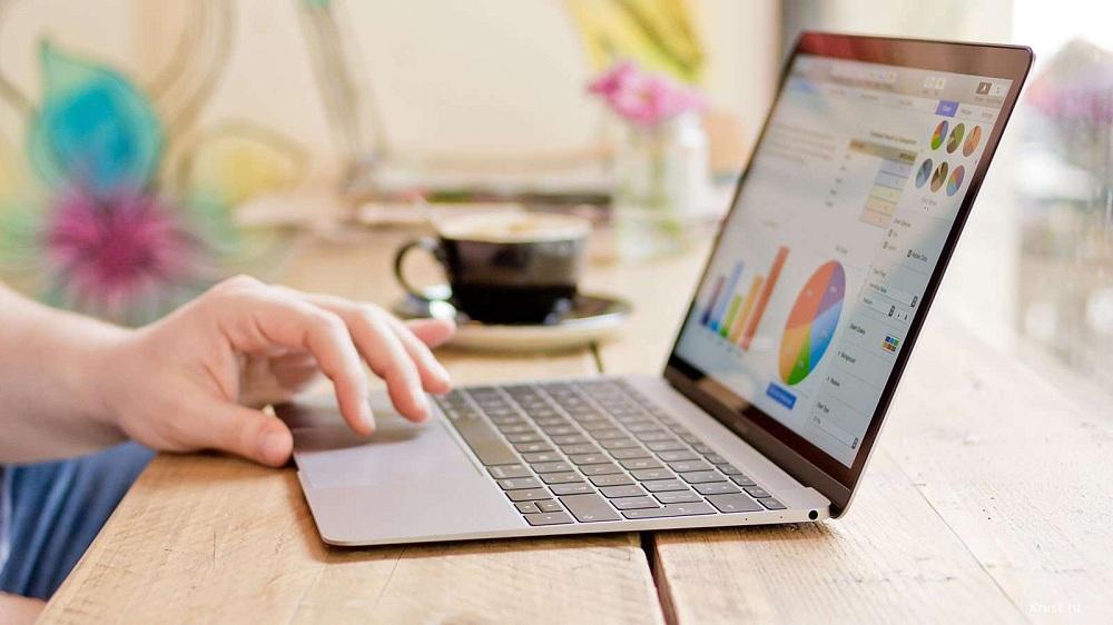 Купить Apple MacBook Air 13 mid 2017 в Москве