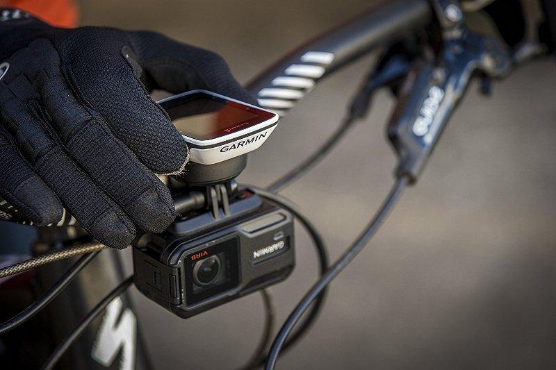велокомпьютер и камера