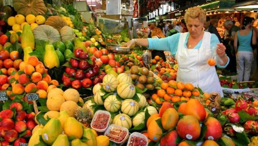 Торговля сезонными овощами и фруктами вне павильонов не требует применения онлайн-кассы