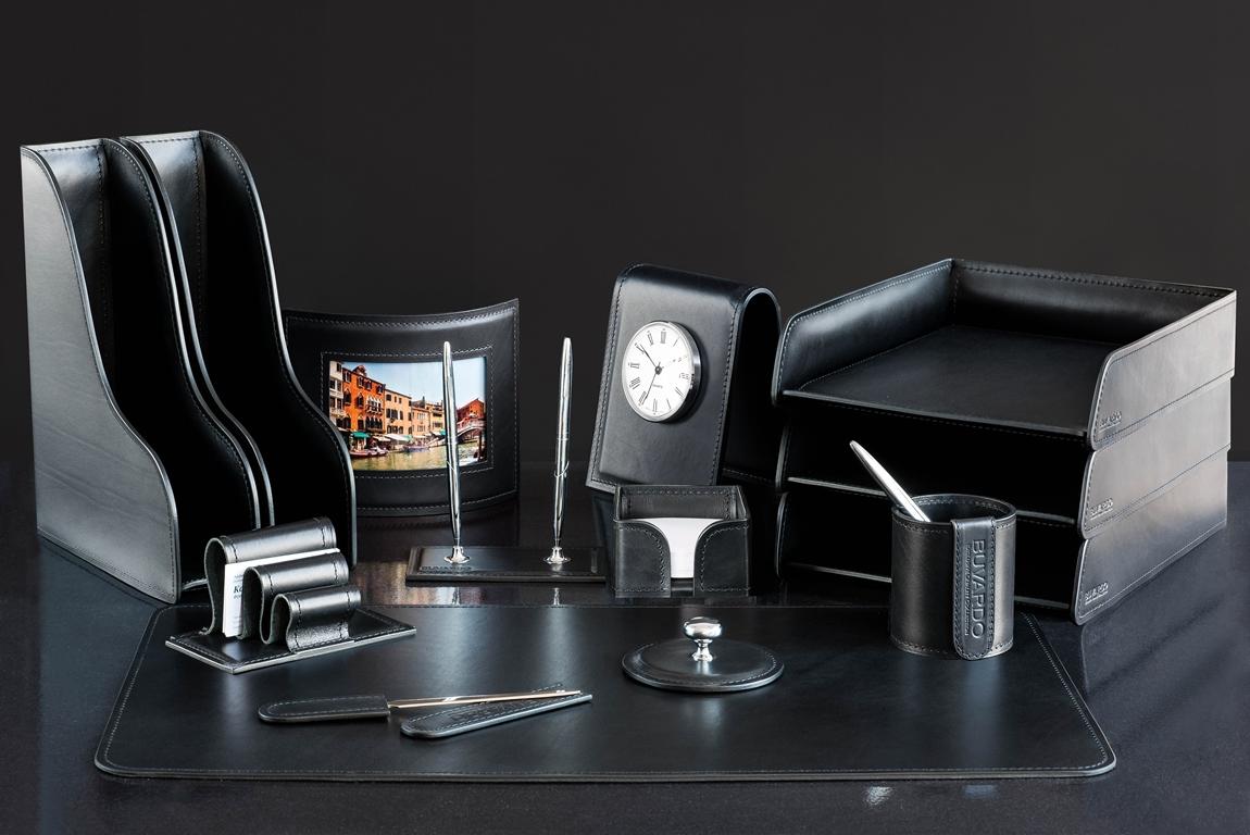 черный настольный набор из кожи на письменный стол люкс