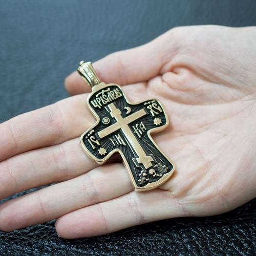 Крест Отче наш на руке