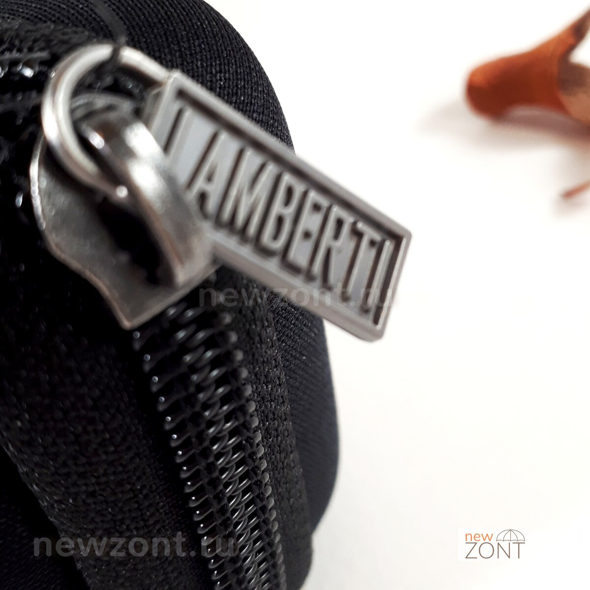 Итальянский бренд зонта Lamberti