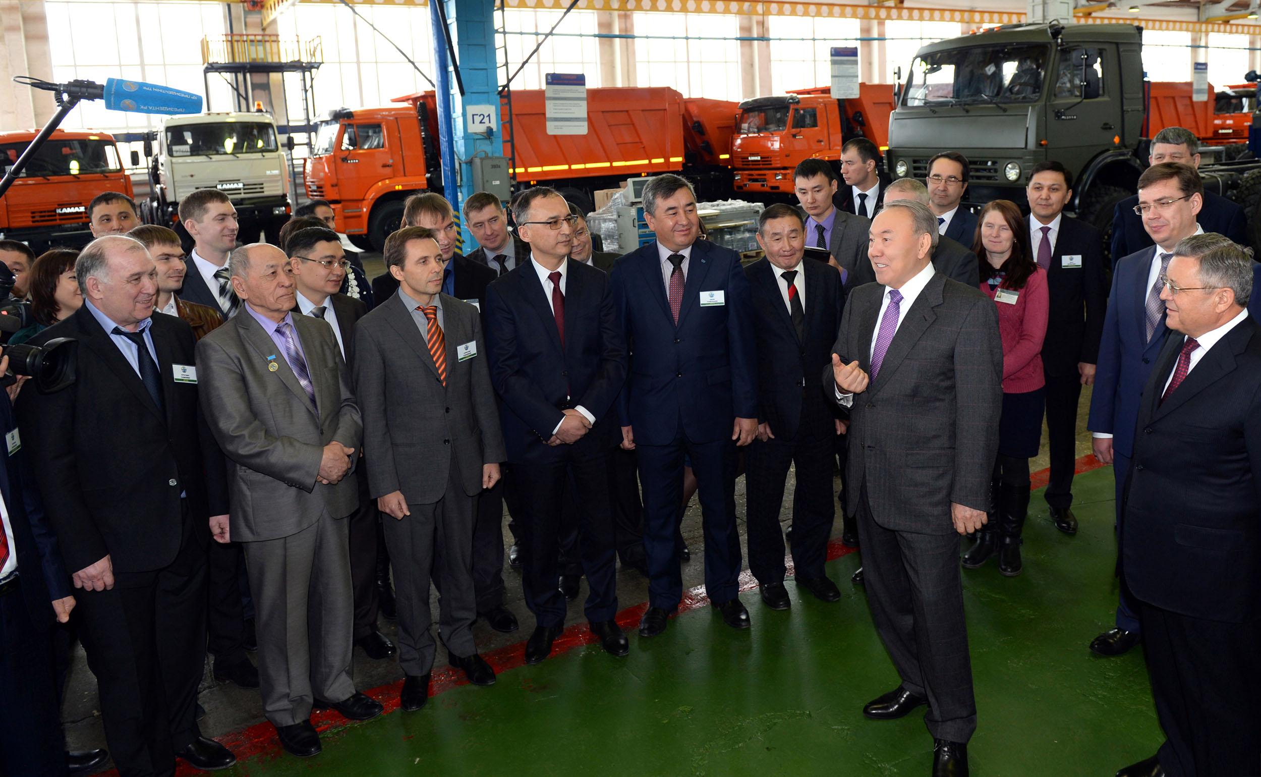 Назарбаев в КАМАЗ-Инжиниринг