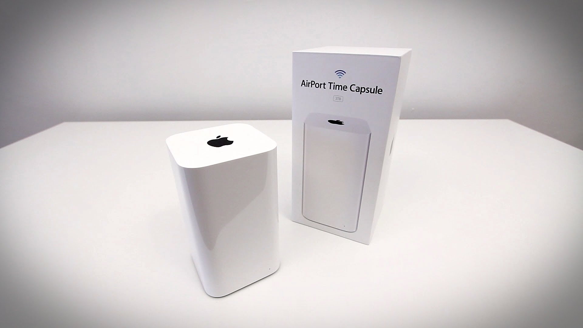 Apple AirPort Time Capsule - Высокоскоростная базовая Wi-Fi  станция с накопителем
