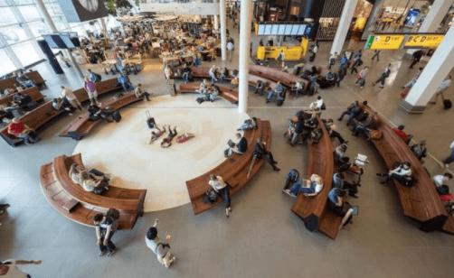Библиотечное пространство аэропорта Схипхол