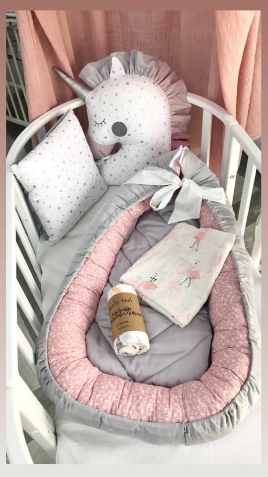 Набор на выписку новорожденной девочки