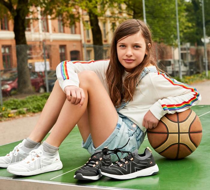 Кроссовки Viking Martine Black купить в интернет-магазине Viking-boots