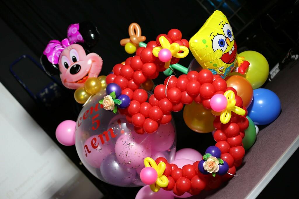 оформление_шарами_в_Алматы_детских_праздников_игрушки.jpg