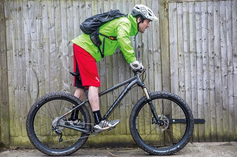 Практика позиции на велосипеде