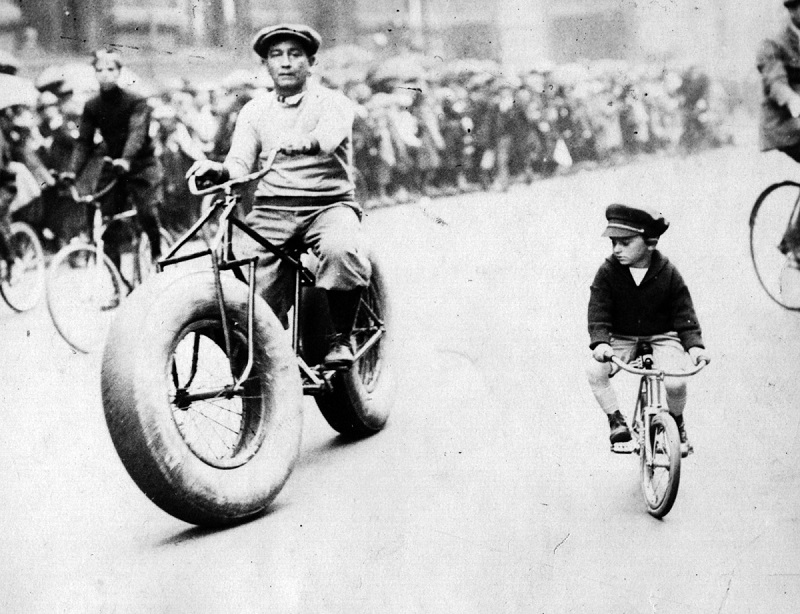 1930 old fatbike