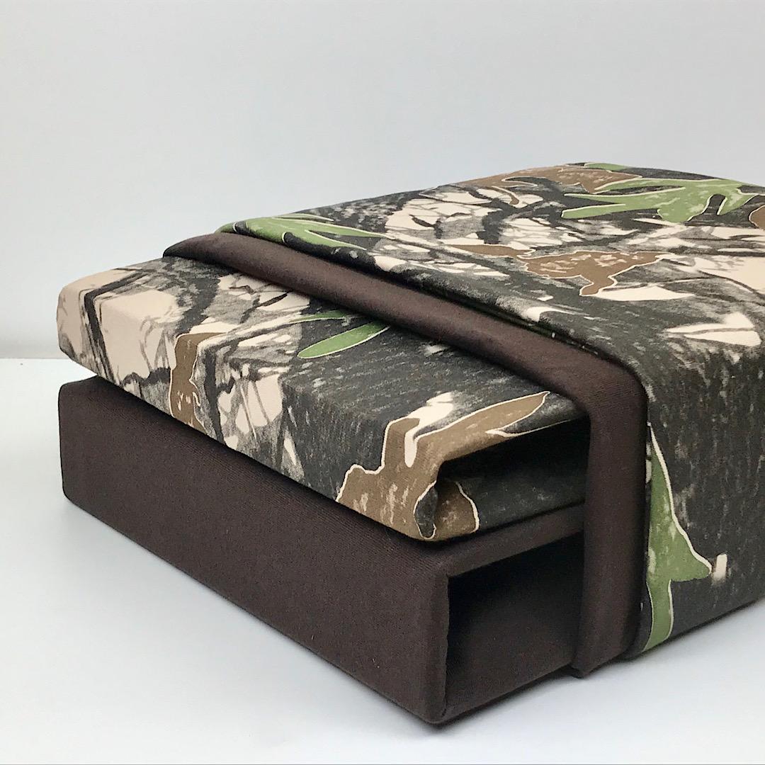 постельное белье - сочетание простыней на резинке с рисунком и однотонного компаньона