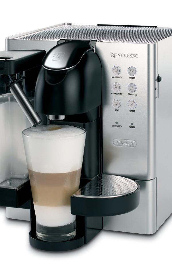 фото новых капсульных кофемашин с приготовлением латте макиато