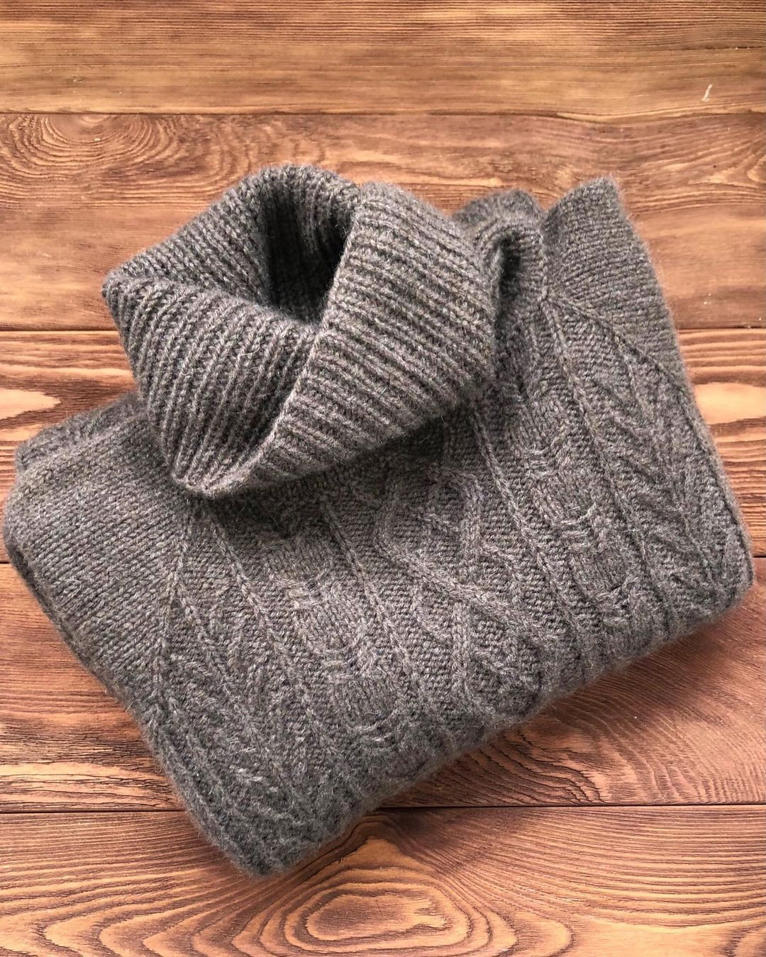 пух яка свитер