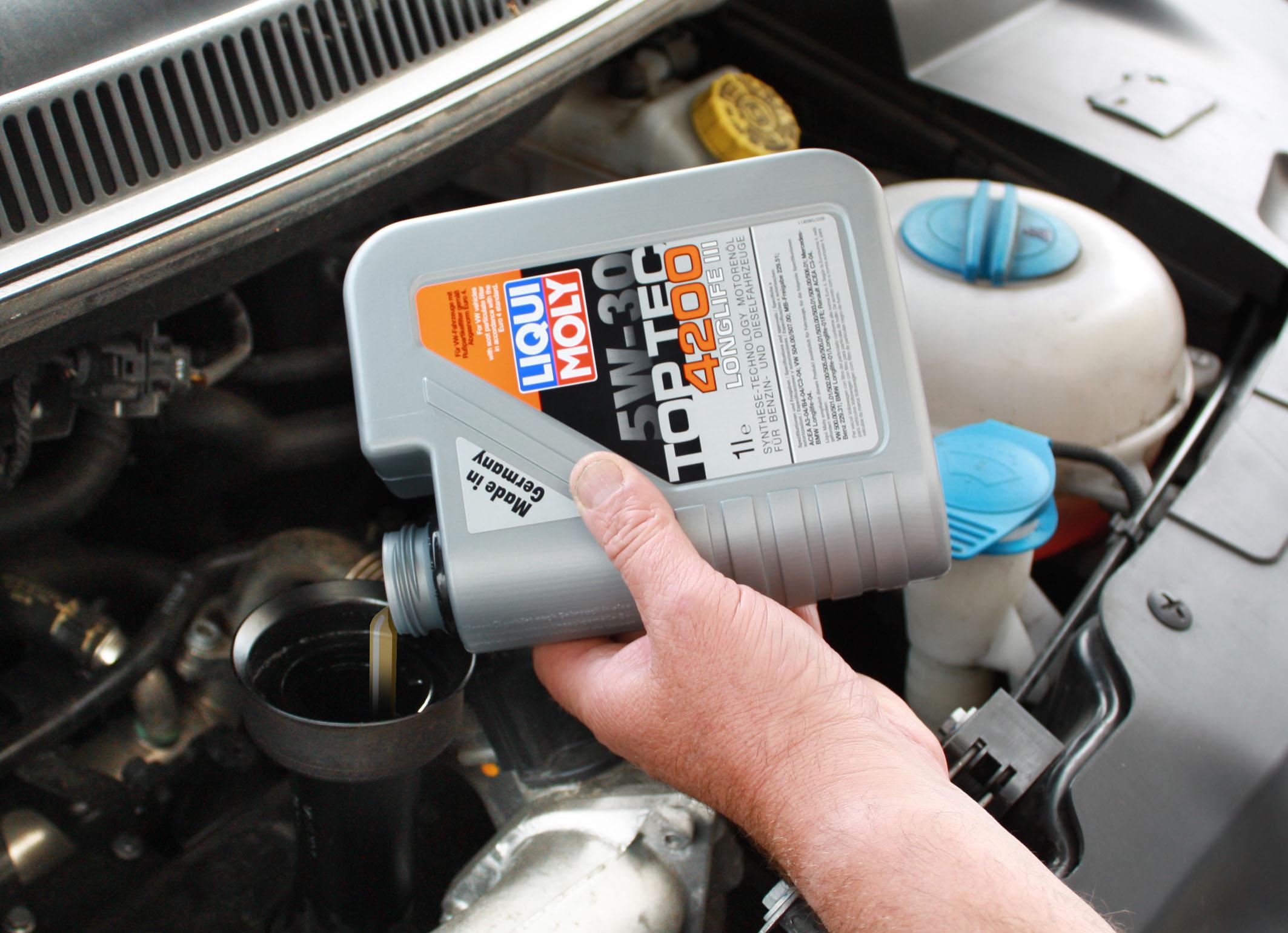 необходимая замена масла в двигателе авто