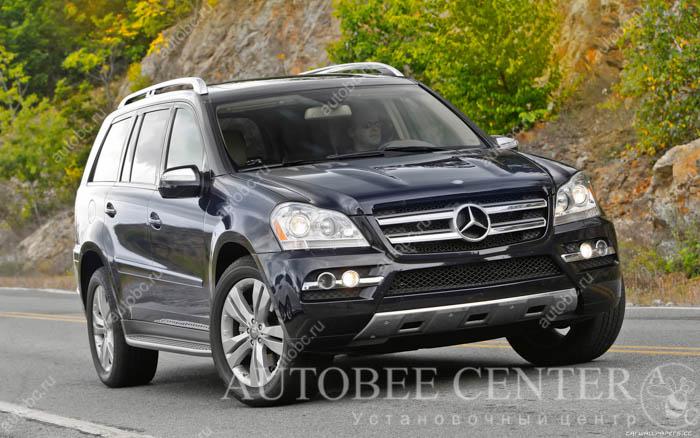 Mercedes-Benz-GL450-US-spec-2010-1920x1200-003.jpg