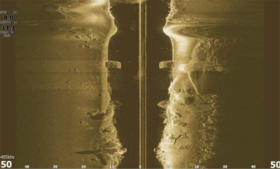 lowrance-hook2-sidescan-view-312584R.jpg