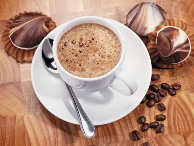 фото приготовления кофе в кофеварке