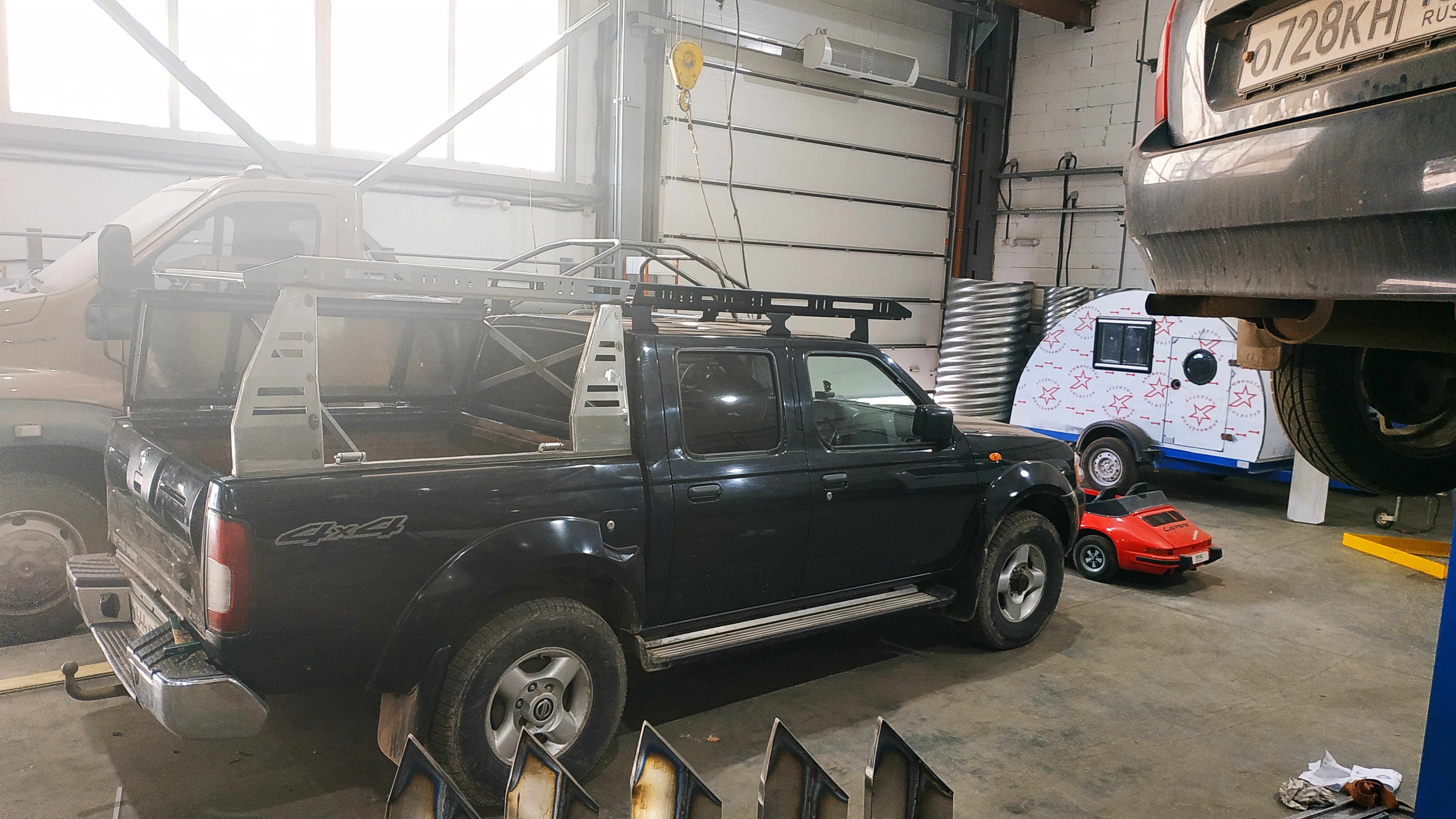 изготовление и установка экспедиционного багажника
