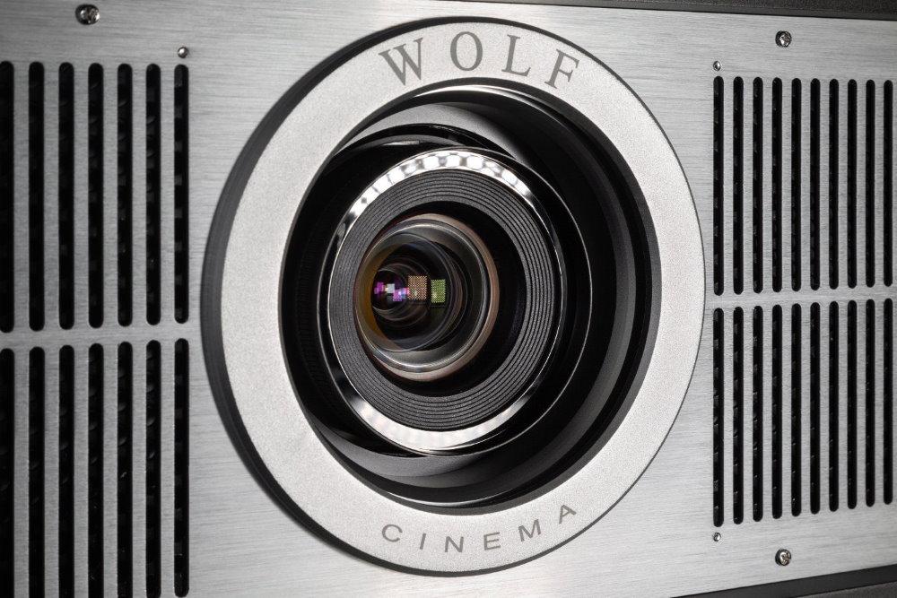 4K проектор Wolf Cinema TXF-1100