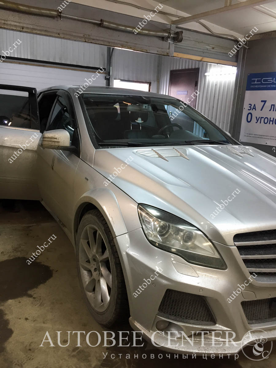 Mercedes-Benz R-Class (шумоизоляция дверей)