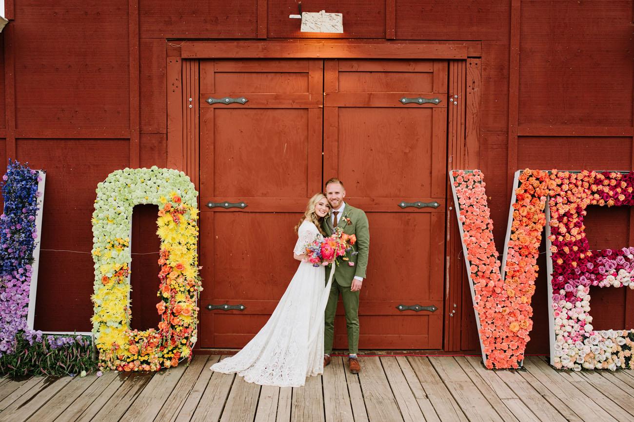 Буквы из пенопласта украшенные цветами
