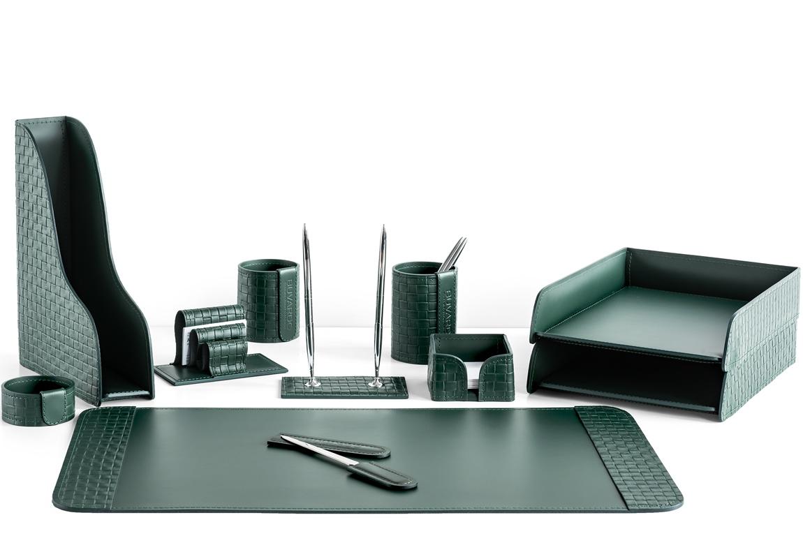Зеленый набор на стол из 11 предметов из натуральной кожи Cuoietto с отделкой из тисненой кожи с эффектом переплетения: