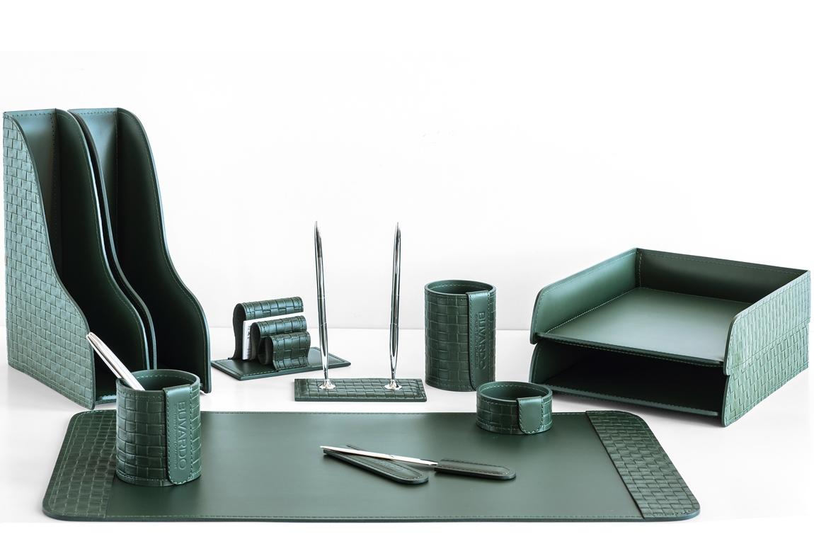 Набор руководителя на стол из 11 предметов из зеленой кожи Cuoietto с отделкой из тисненой кожи с эффектом переплетения: