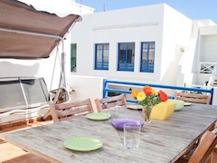 surf-camp-lanzarote-accommodation.jpg