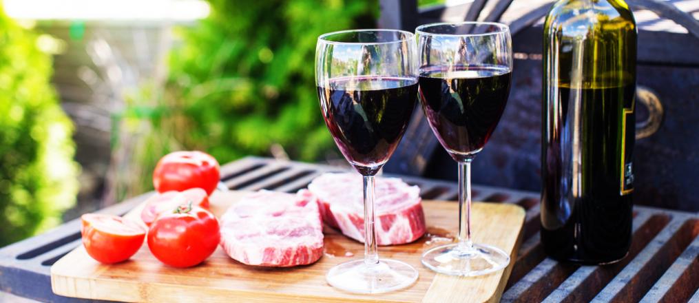 Как выбрать вино к блюдам на гриле