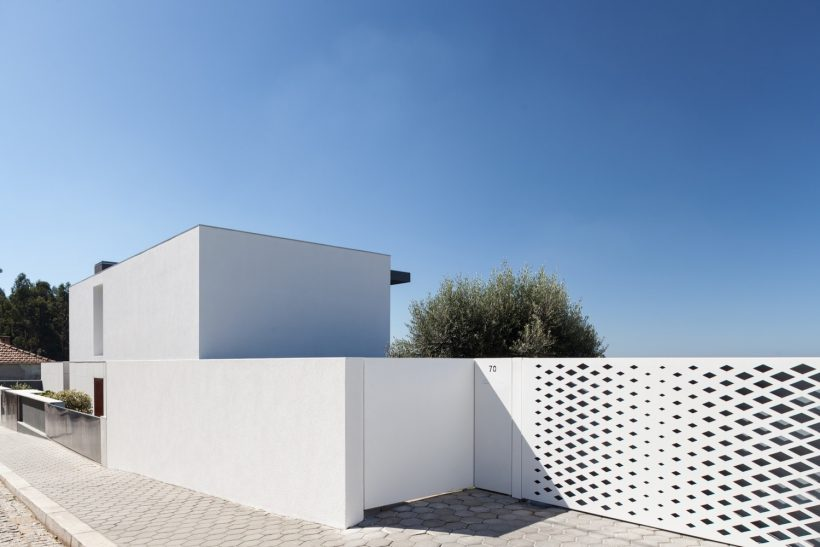 house-felix_losko-06-820x547.jpg